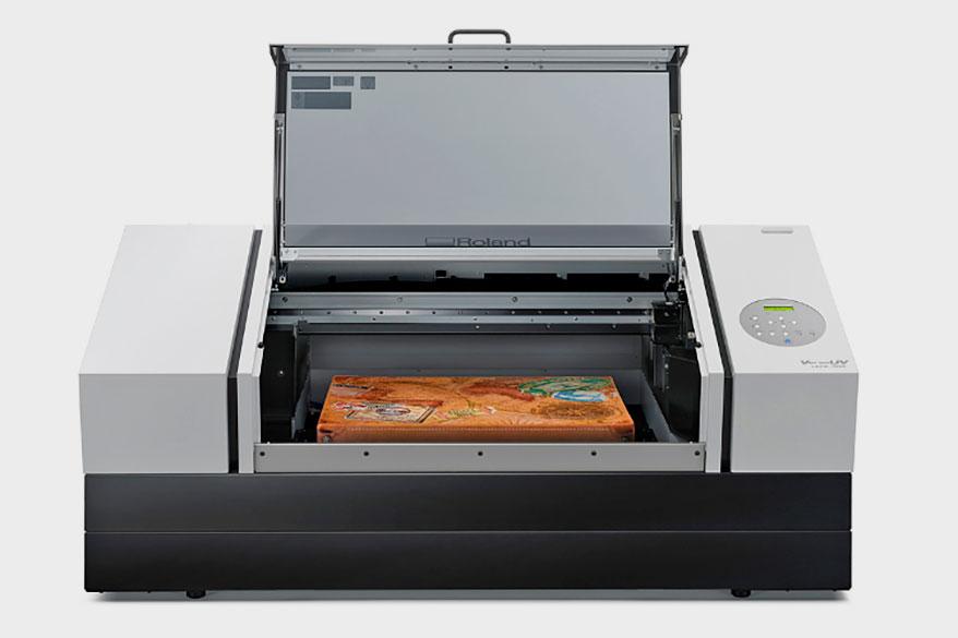 Roland_VersaUV_LEF2-300D_flatbed_UV_printer