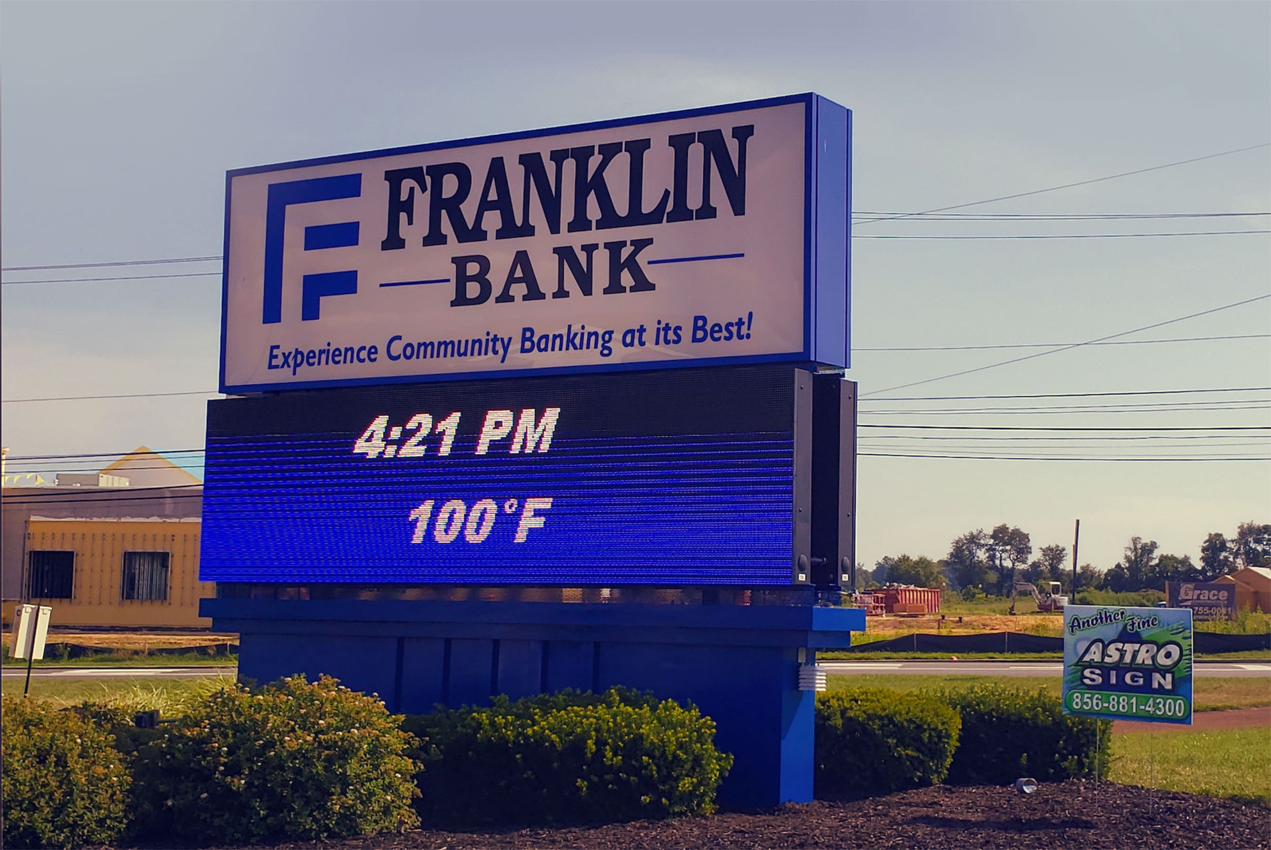 Astro Sign Co. (Glassboro, NJ) worked with a Franklin Bank branch to install an EMC from Optec Displays that could be seen from every angle.