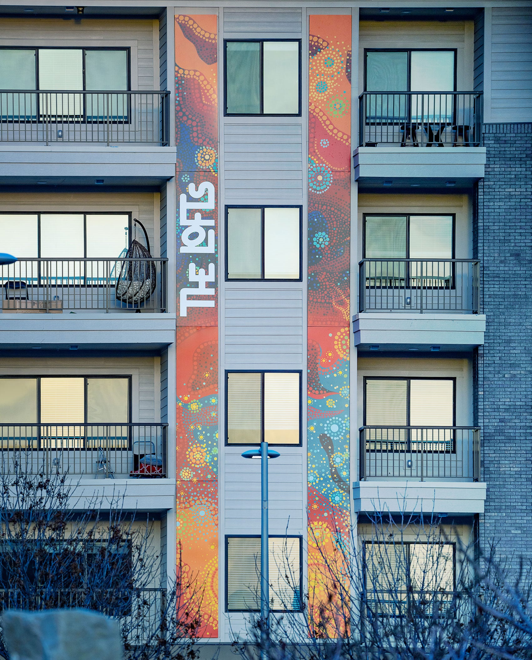 Kirkland Art (Lexana, KS) designed two digitally printed, 40-ft. accents that coordinate with the artwork used throughout the building's interior.