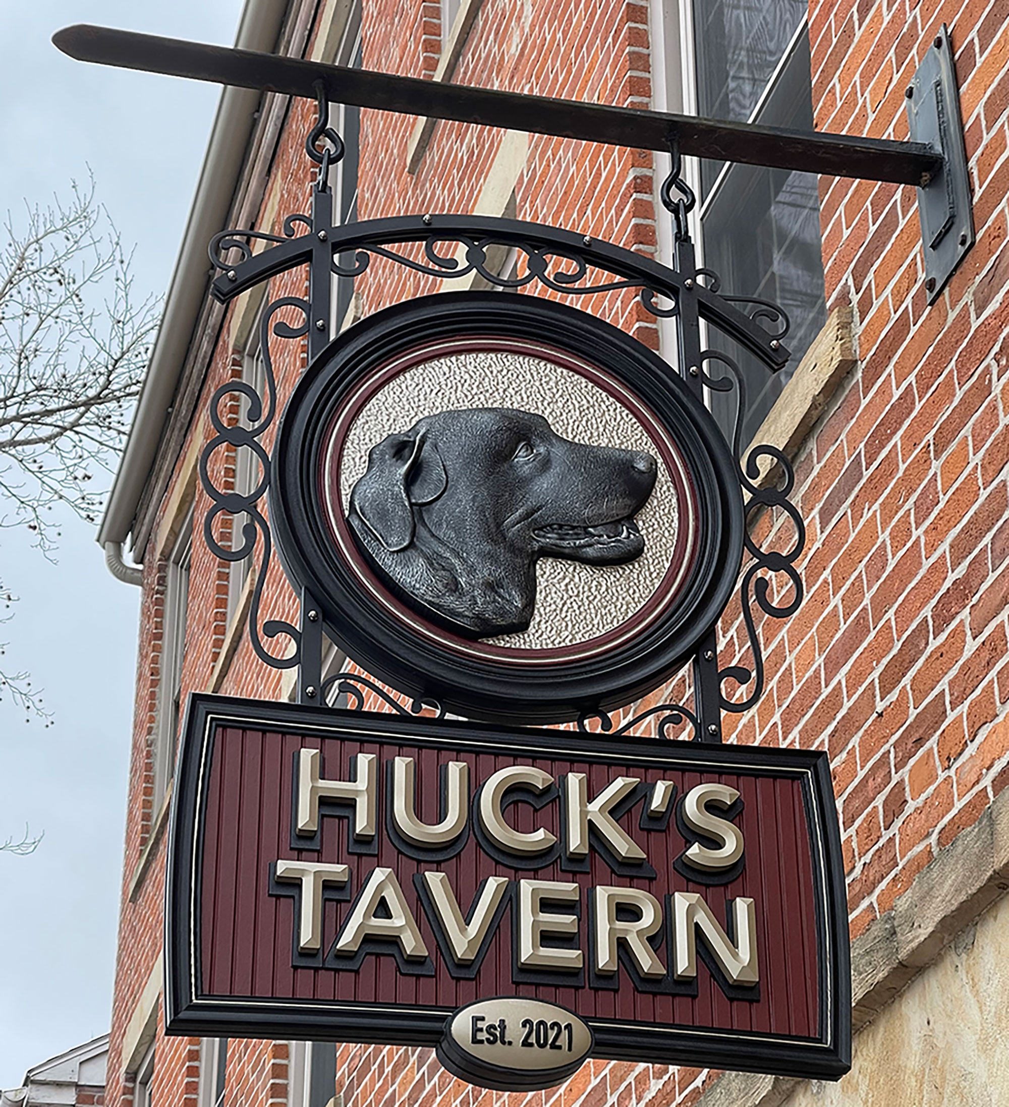 Huck's Tavern
