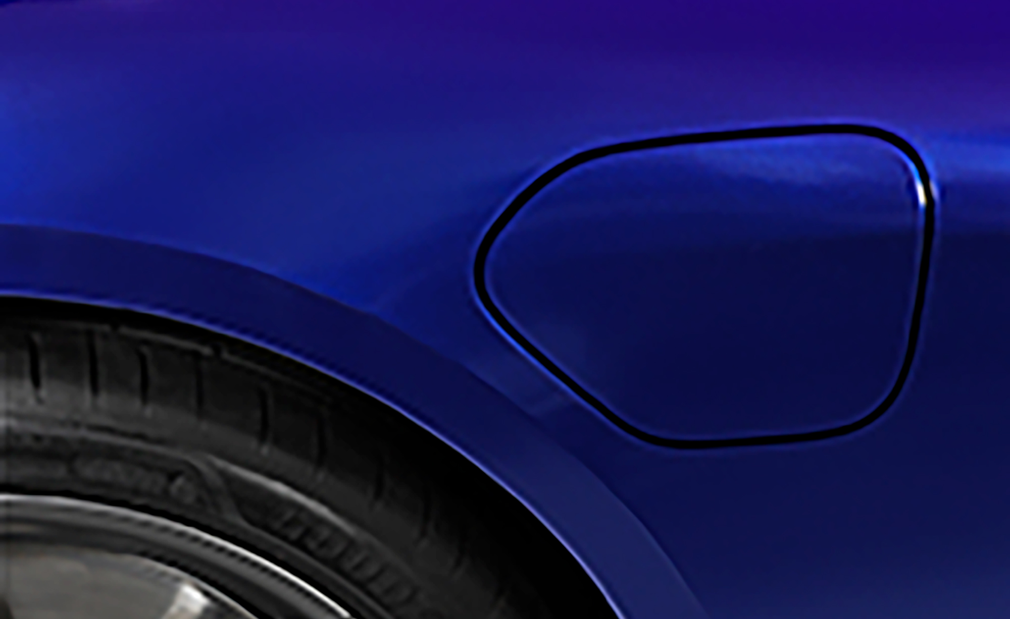 A close-up of new Supreme Wrapping Film color Gloss Metallic Mysterious Indigo.