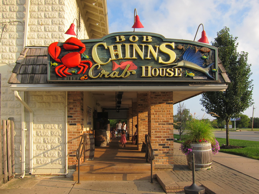 17 Eye-Catching Restaurant Signs That Will Whet Your Appetite
